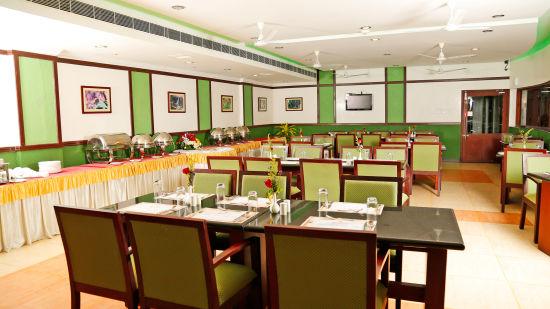 Renai Green Fields Kumarakom Resort Restaurant