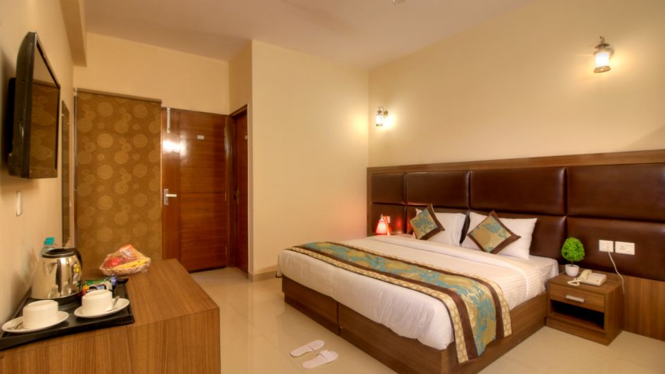 Suites in Greater noida, Places to stay in Greater noida, Atithi Suites, Greater noida