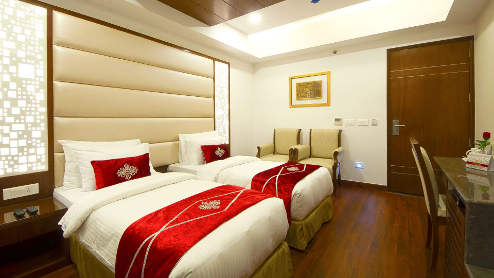 Hotel Swaran Palace, Karol Bagh, New Delhi New Delhi Executive Club Room 3 Hotel Swaran Palace Karol Bagh New Delhi