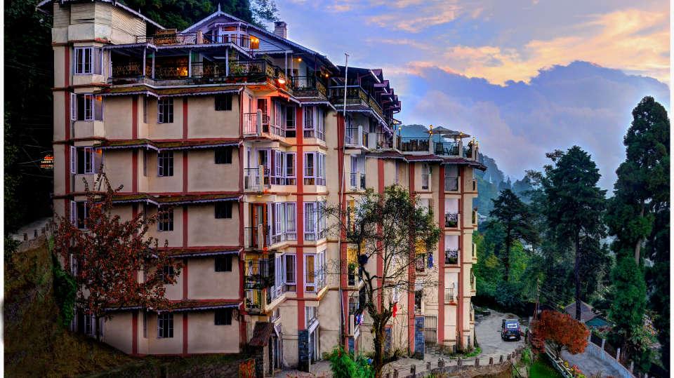 Summit Grace Hotel and Spa Darjeeling 10