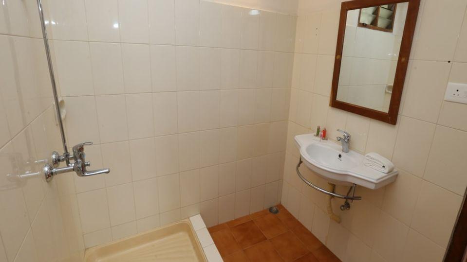 Hotels near Kovalam beach, Budget villas near Kovalam beach, best budget rooms in Kovalam 24