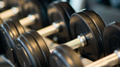 bodybuilding-close-up-dumbbells-260352