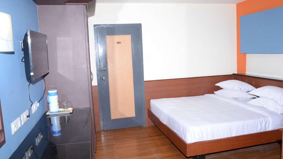 Jayaraj Residency, Kodaikanal  Standard Room Jayaraj Residency kodaikanal 1