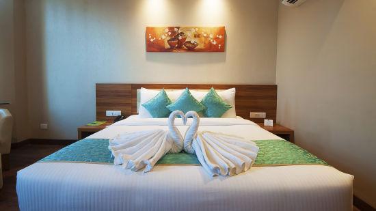Le ROI Haridwar Hotel Haridwar Premium Room Le Roi Haridwar Hotel 4