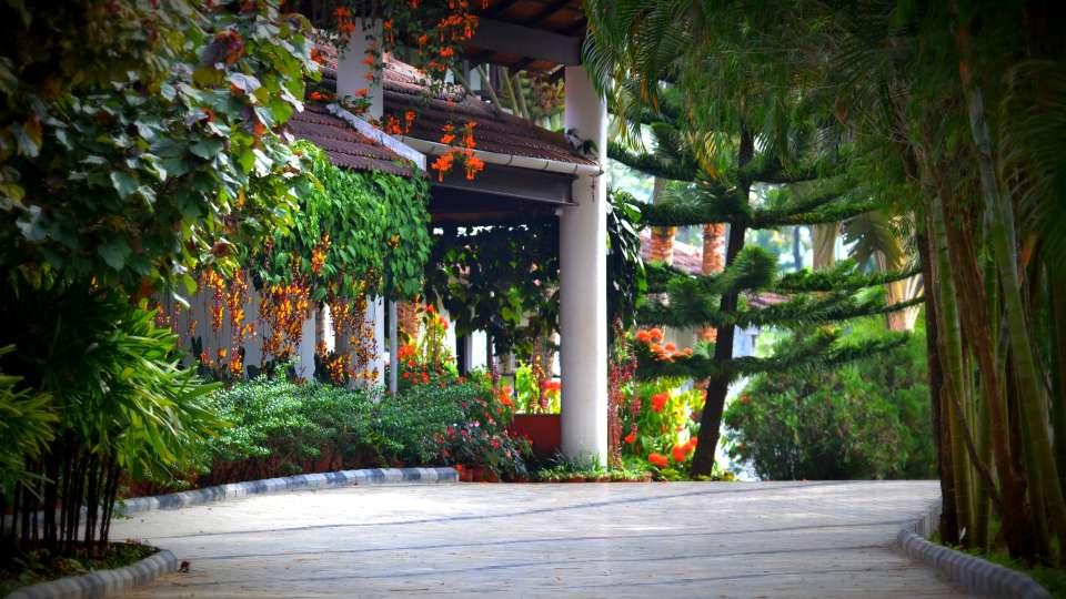 Kadkani Riverside Resorts, Coorg Coorg Entrance Kadkani Riverside Resort Coorg