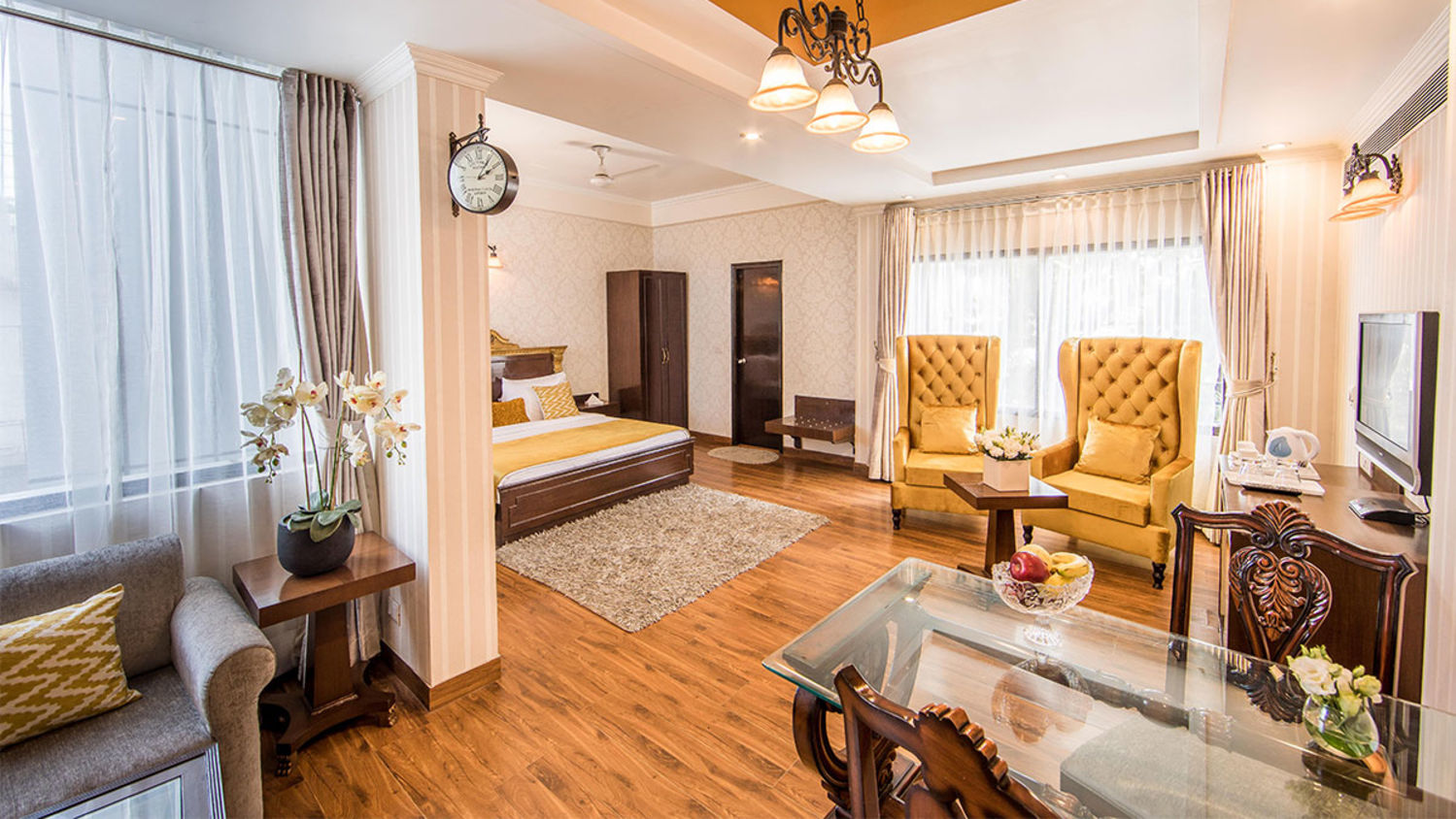 Executive Rooms in New Delhi Rockland  Hotel