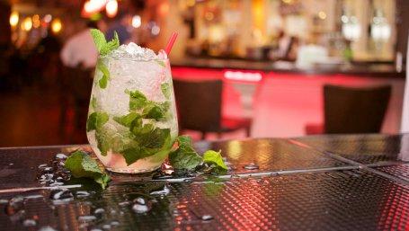 alcohol-bar-party-cocktail -Grand Tusk Ramnagar