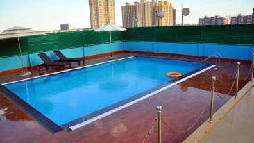 Pool, Gokulam Park Sabari, Hotels in Chennai