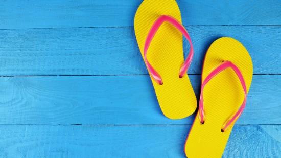 04-summer-hacks-flip-flops-1