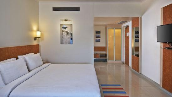 Deluxe Room 2 Nirwana Hometel Jaipur L