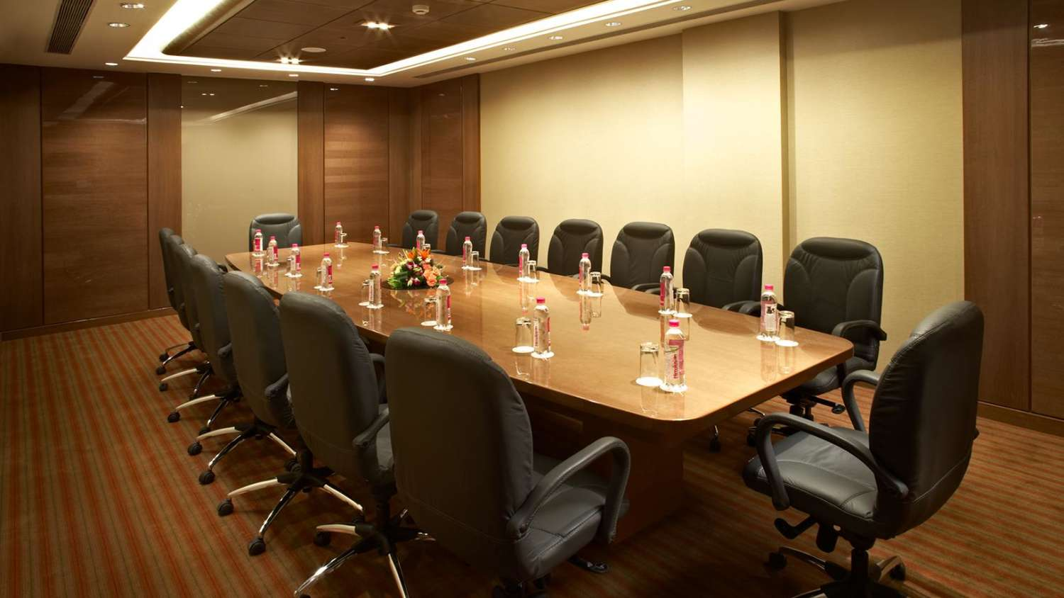 the luxurious and elegant business conference rooms. Book Now And Get Exciting Discounts! The Luxurious Elegant Business Conference Rooms