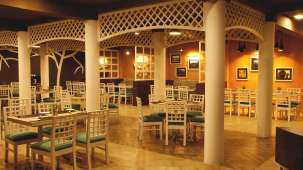 TGI Star Holiday Resort, Yercaud Yercaud Restaurant TGI Star Holiday Resort Yercaud 11