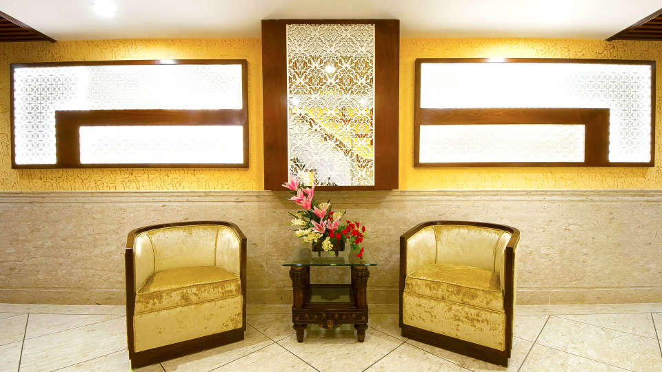 Hotel Swaran Palace, Karol Bagh, New Delhi New Delhi floor lobby 4 Hotel Swaran Palace Karol Bagh New Delhi