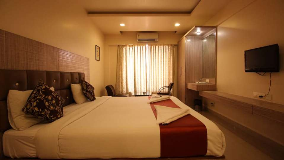 Deluxe Room 14