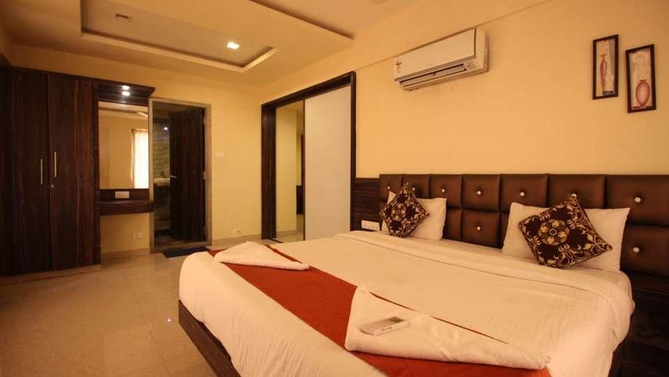 Suite Room 13