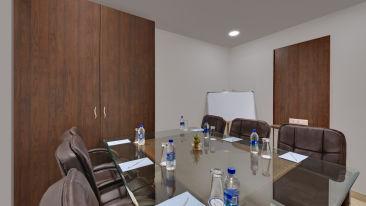 Avins Beacon Hotel in Udaipur Meeting Room