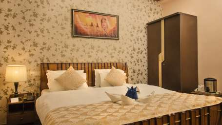 Executive Rooms at Hotel Meenakshi Udaipur 3