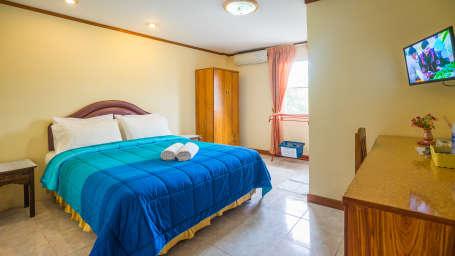 Hotel The Britannia, Chiang Mai Chiang Mai Deluxe Fan Room Hotel The Britannia Chiang Mai