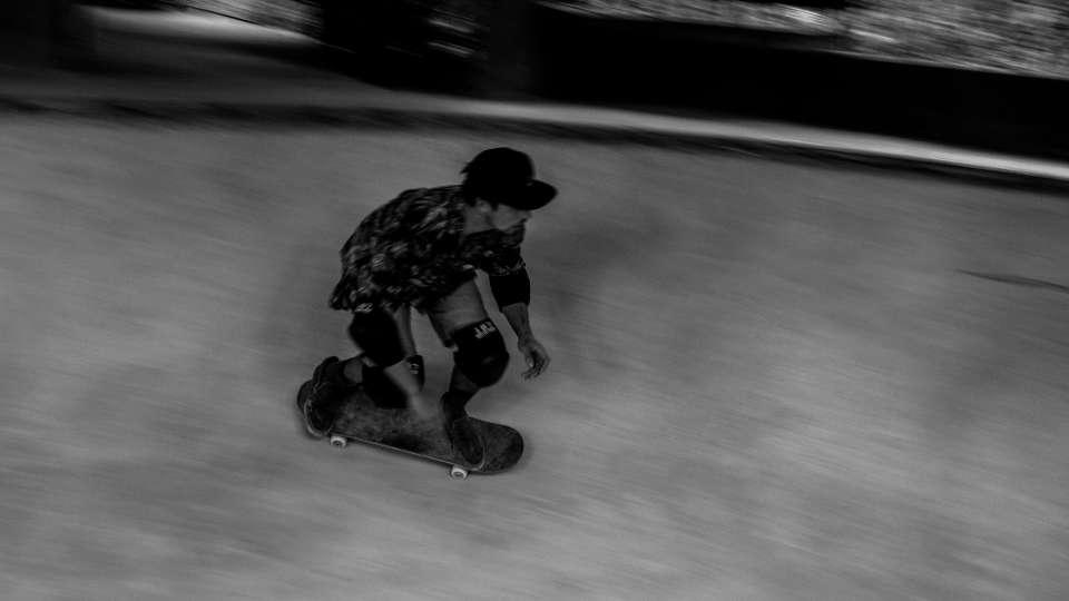 X-Bravo Bowl Skate-31