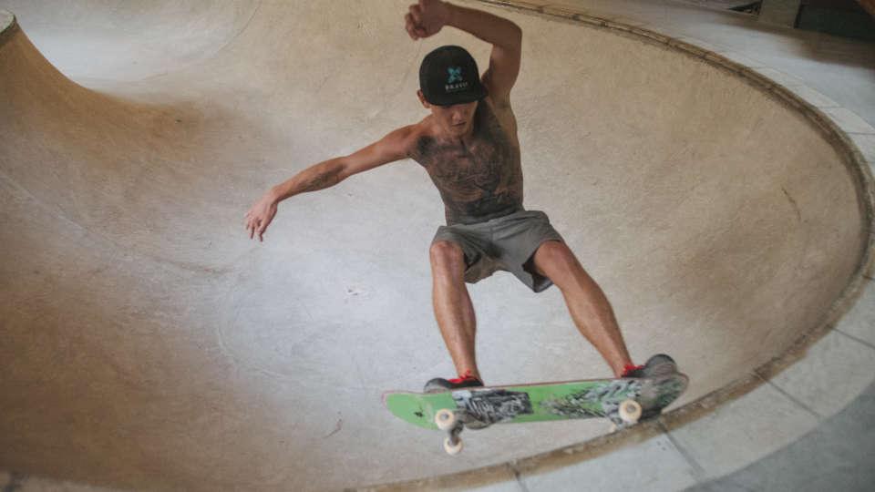 X-Bravo Bowl Skate-57