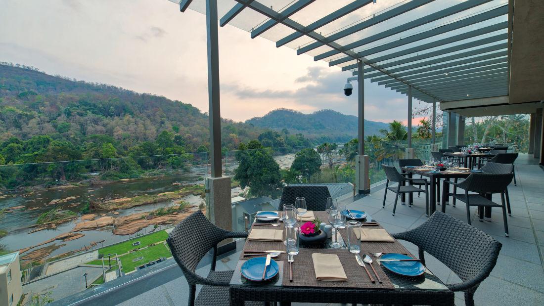 Al Fresco Dining Area - Restaurant