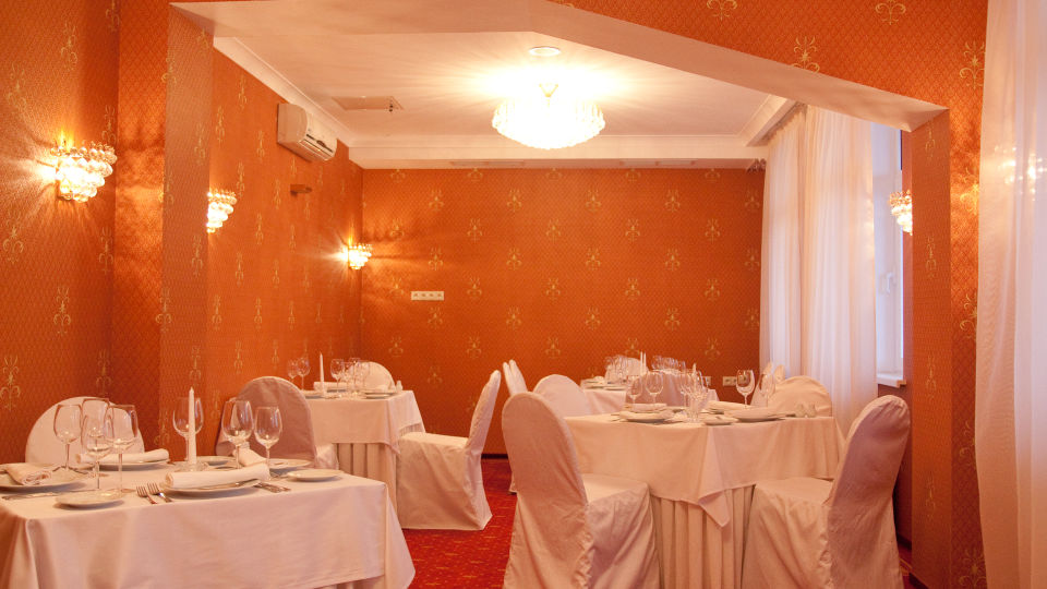 Intourist Onego Palace Hotel Svetly  banquet hall  eleventh floor