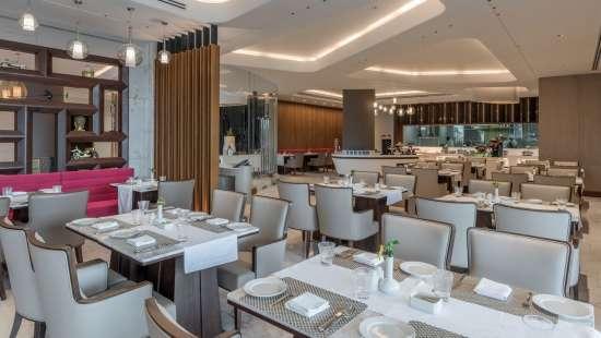 restaurant neelkanth sarovar premiere lusaka hotel in lusaka