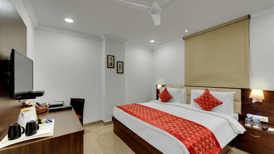 Avins Beacon Hotel in Udaipur Deluxe Room 4