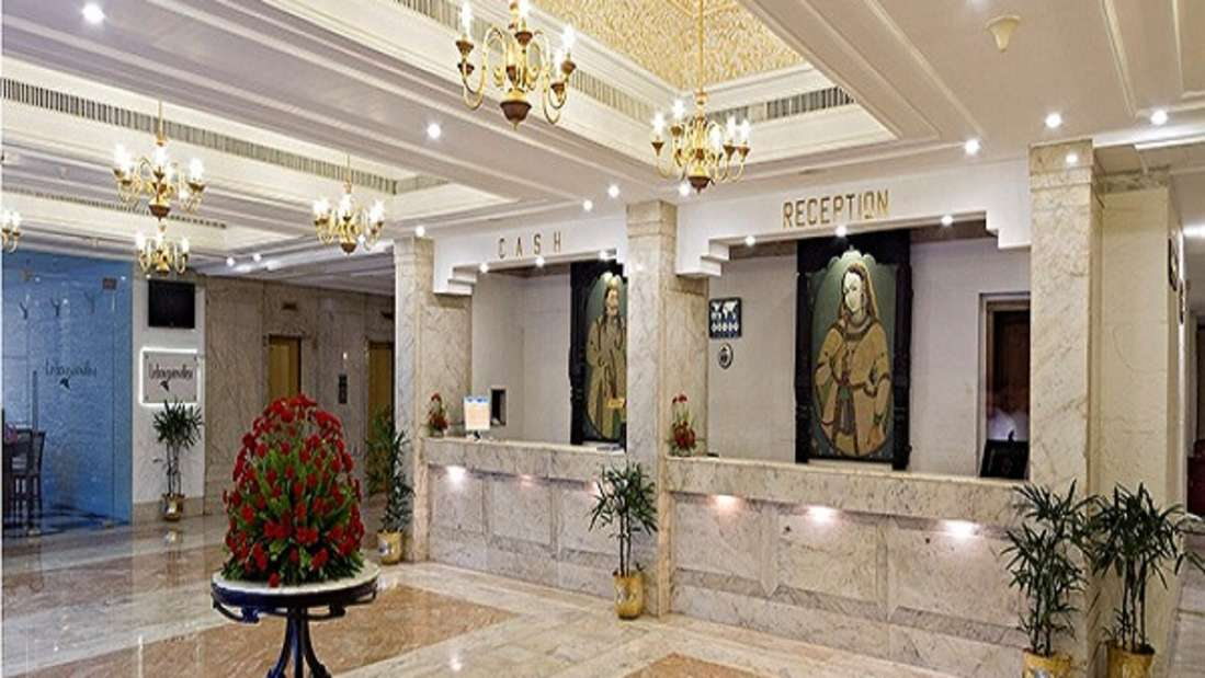Reception at Clarks Avadh, hotel near gomti river in Lucknow, 5-star Hotels in Lucknow