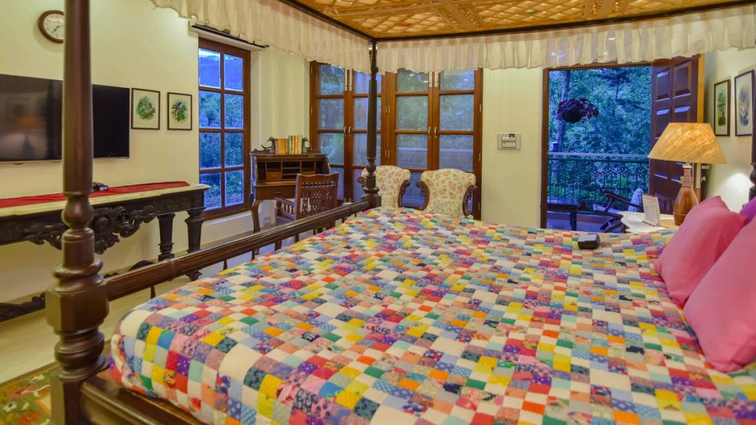 Vintage Room_ Shaheen Bagh Resort Dehradun_Resort In Dehradun Hill View Room Room_Dehradun Resort 2 Shaheen Bagh Resort Dehradun