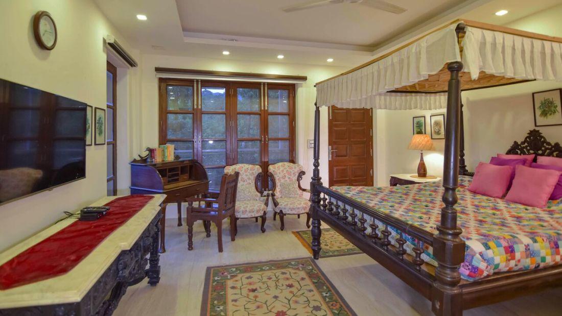 Vintage Room_ Shaheen Bagh Resort Dehradun_Resort In Dehradun Hill View Room Room_Dehradun Resort 4 Shaheen Bagh Resort Dehradun