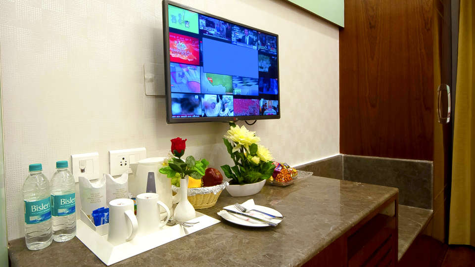 Hotel Swaran Palace, Karol Bagh, New Delhi New Delhi Room Amenities Hotel Swaran Palace Karol Bagh New Delhi