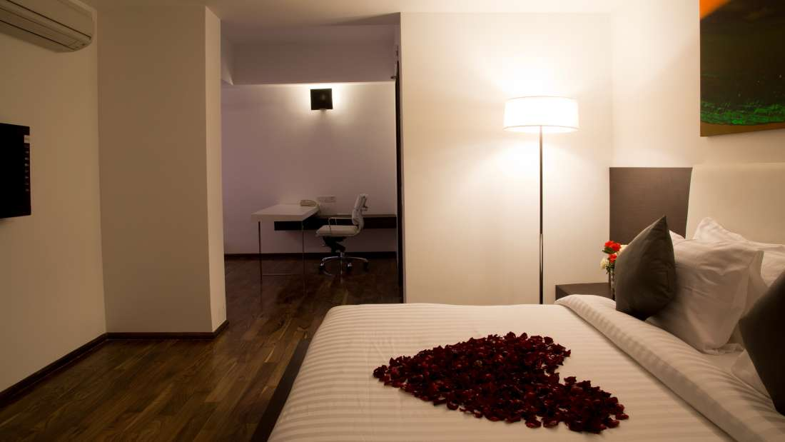 Springs Hotel & Spa, Bangalore Bengaluru Suite Room Springs Hotel Spa