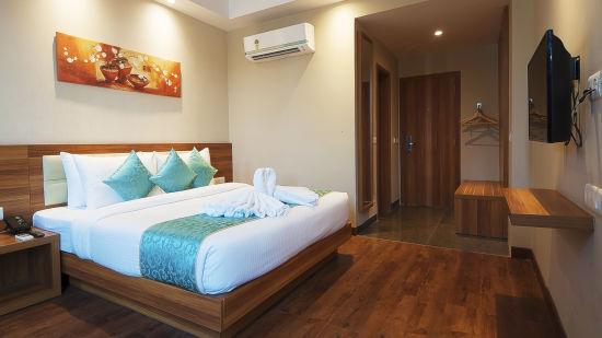 Le ROI Haridwar Hotel Haridwar Premium Room Le Roi Haridwar Hotel 5