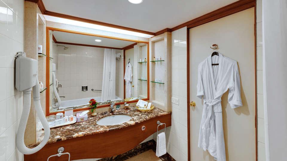 Execuitve Suite at Ambassador Ajanta Aurangabad 3