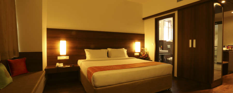 alt-text Rooms at Temple Tree, Hotel Near Lalbagh, Rooms In Lakkasandra 6