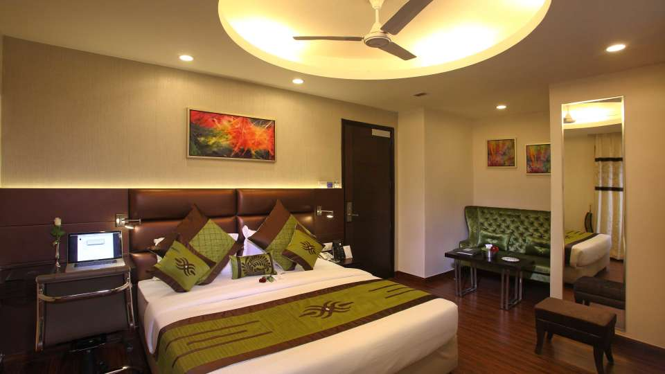 Club Rooms, Hotel JRD Exotica