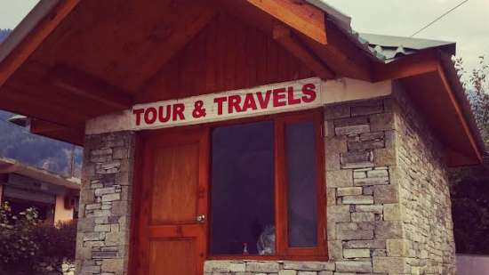 Travel Desk Larisa Mountain Resort in Manali - 5 Star Hotels in Manali