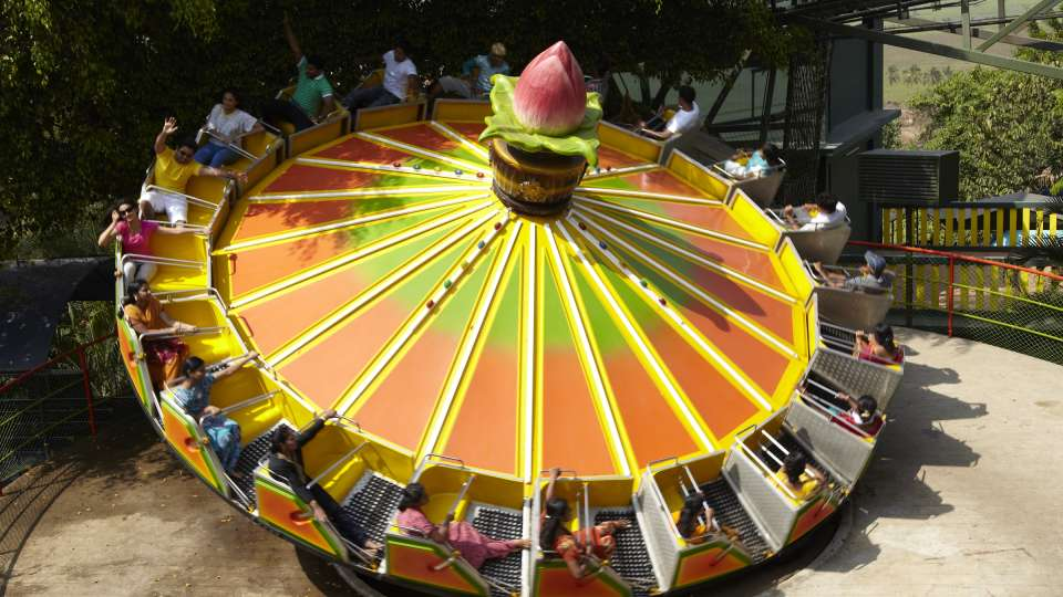 Dry Rides - Dancing Wheel at Wonderla Kochi Amusement Park