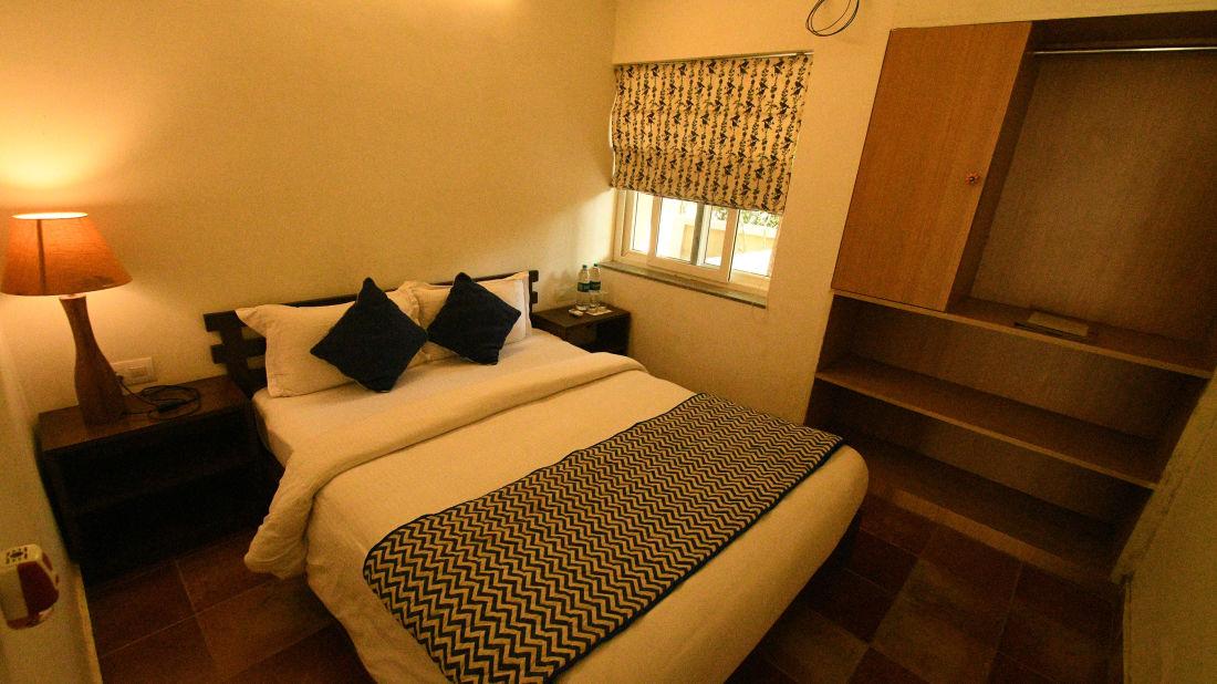 Medow Room 4