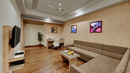 Suite at Anaya Beacon Hotel in Jamnagar 5