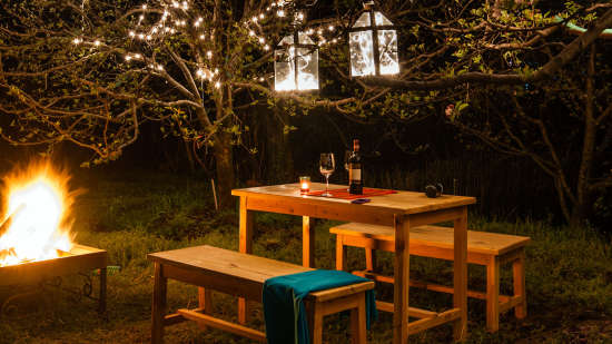 Outdoor Seating at Larisa Mountain Resort in Manali - honeymoon packages in manali