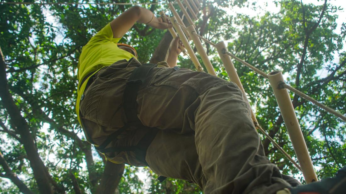 Ladder Climbing - Durshet 1