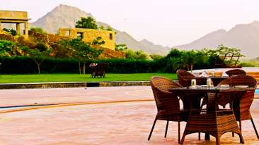 8 Islan Dining Spectrum Hotel and Residences Udaipur by 1589 Hotels