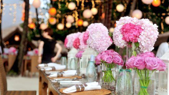 renest gandhidham banquet