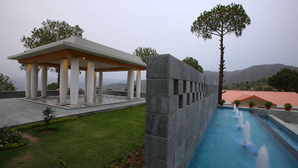 Moksha Himalaya Spa Resort, Chandigarh Chandigarh Exterior Moksha Himalay Spa Resort Chandigarh 4