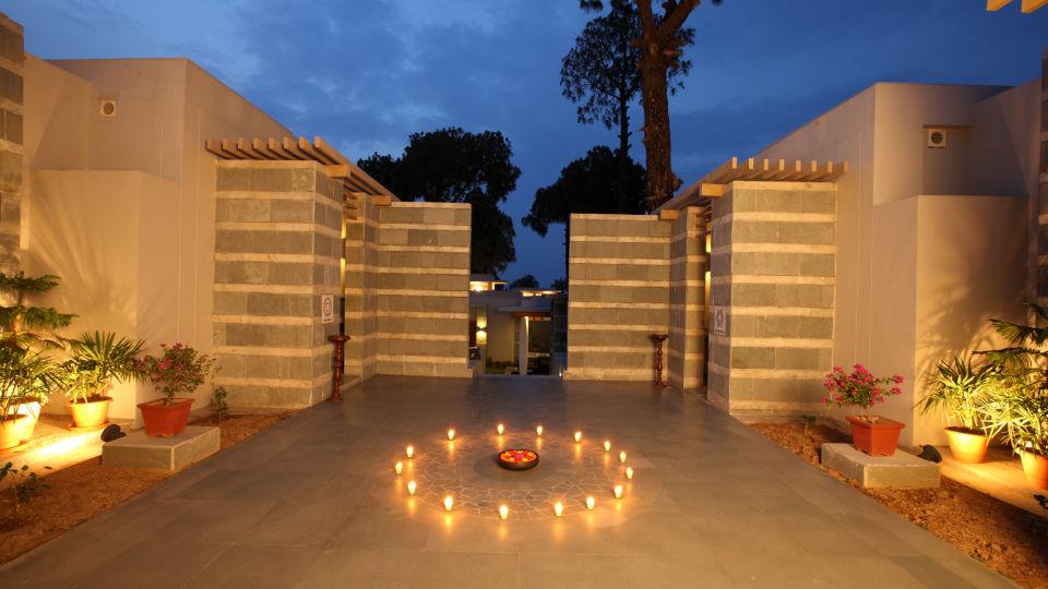 Moksha Himalaya Spa Resort, Chandigarh Chandigarh Exterior Moksha Himalay Spa Resort Chandigarh 50