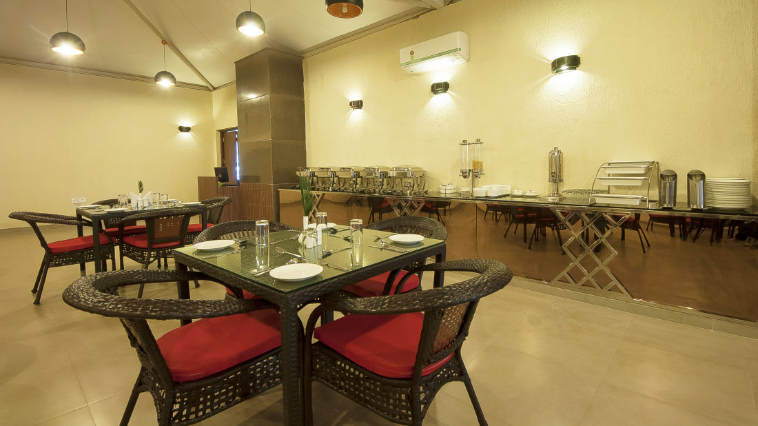 Le ROI Haridwar Hotel Haridwar Restaurant Le Roi Haridwar Hotel 5