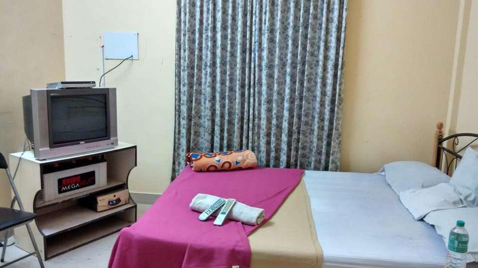 Abids Vinkas - Homestay, Bangalore Bengaluru AC Room Abids Inn BTM Layout 2