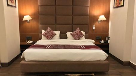 Business Suite at The Royal Melange Beacon Ajmer 6